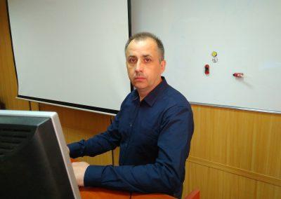 Земляков Сергей Николаевич – Преподаватель курса теории ПДД