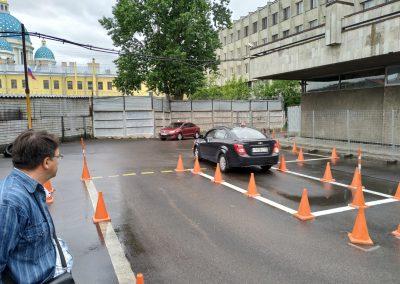 Обучение вождению СПб площадка